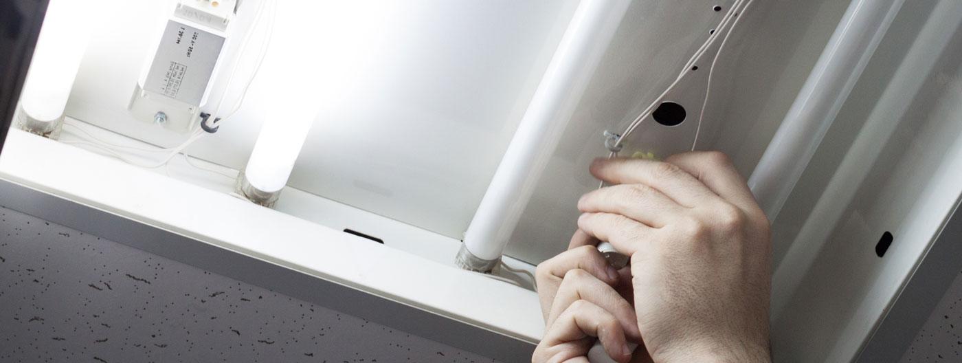 Fluorescent lighting replacement